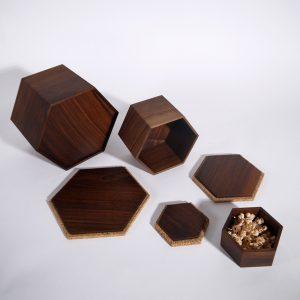 boîte noyer liège gigognes hexagonales artisanat d'art l'orée du bois